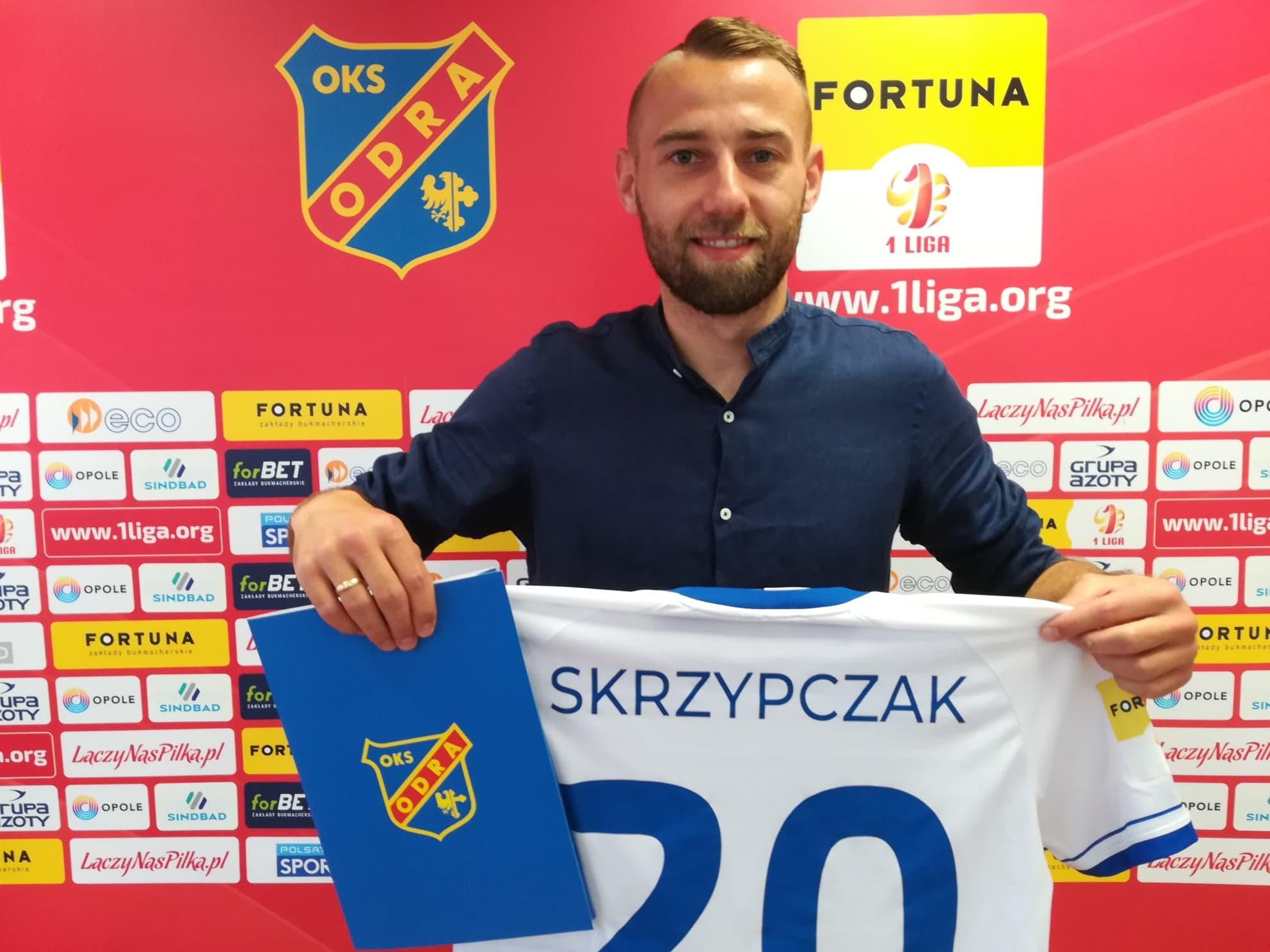 Szymon Skrzypczak zostaje w Odrze!
